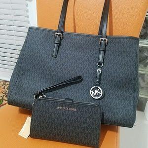 new set incluided wallet+ handbag current seaso